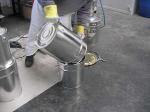 Fußboden In Garage Ausgleichen ~ Garagenboden sanieren beschichten