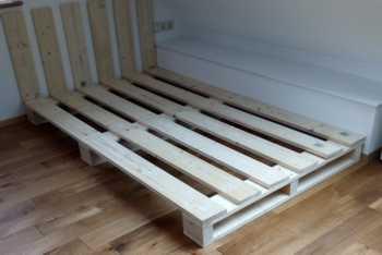 palettenbett bauen. Black Bedroom Furniture Sets. Home Design Ideas
