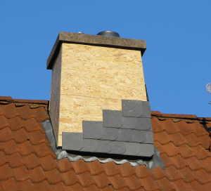 Bevorzugt Schornsteinkopf mit Schieferplatten verkleiden PN46