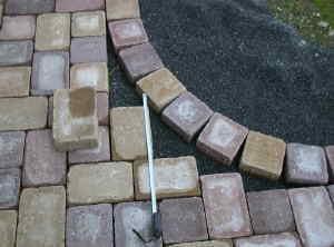 pflastersteine selbst zuschneiden pflastersteine brechen